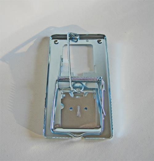 Rottesmækfælde i metal